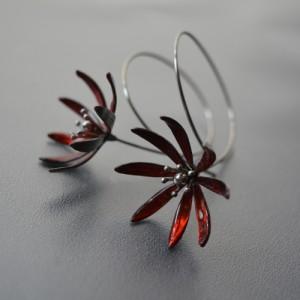 Náušnice červené květy